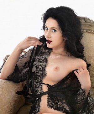 Alisee female live escort & nuru massage