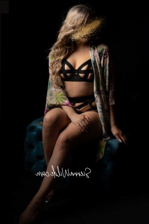 Nastia happy ending massage, escort